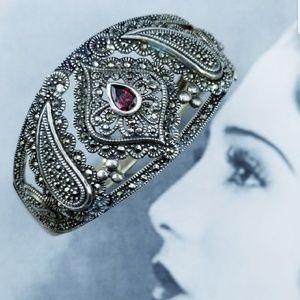 Vintage 925 Silver Marcasite garnet bracelet